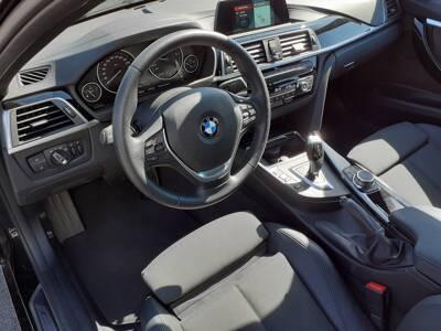 Voir la photo n°5 de la voiture d'occasion BMW SERIE 3 F30 LCI2 — 318d 150 ch BVA8 Business Design