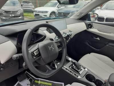 Voir la photo n°4 de la voiture d'occasion DS DS3 CROSSBACK — BlueHDi 130 S&S EAT8 Grand Chic