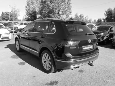 Voir la photo n°2 de la voiture d'occasion VOLKSWAGEN TIGUAN — 2.0 TDI 150 BMT 4Motion Carat