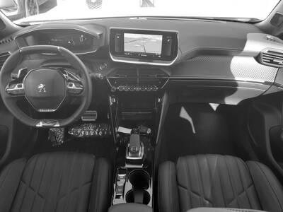 Voir la photo n°5 de la voiture 0KM PEUGEOT 2008 — BlueHDi 130 S&S EAT8 GT Pack