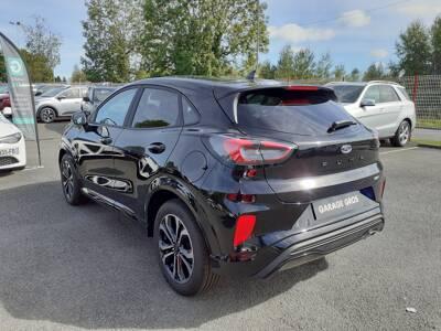 Voir la photo n°2 de la voiture 0KM FORD PUMA — 1.0 EcoBoost 125 ch mHEV S&S BVM6 ST-Line